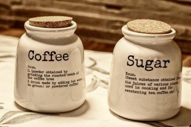 コーヒーにあう砂糖やミルクとは?ブラックじゃなくてもいいんです。