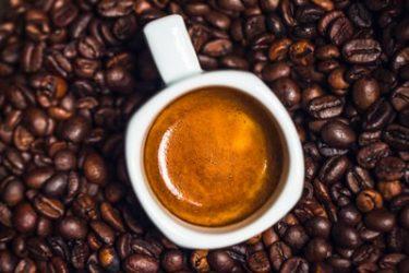 深みやコクのあるコーヒーが飲みたい!選び方など解説